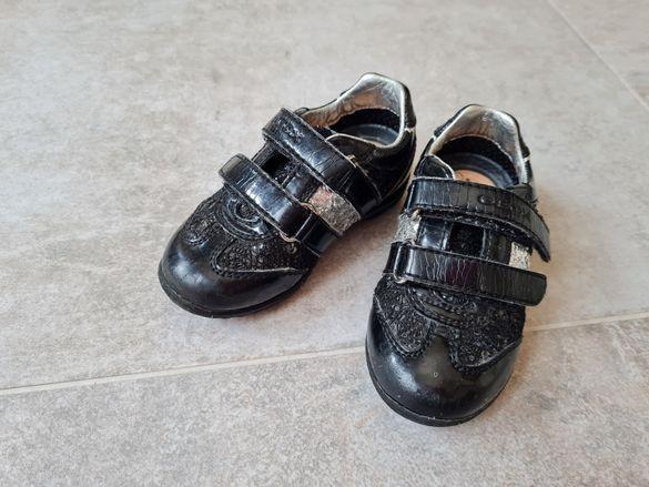 Детски обувки geox 22 номер