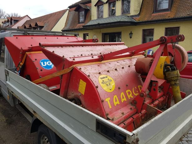 Tocatoare de coceni porumb pe 2 randuri Taarup pt.tractor 45-65 cai
