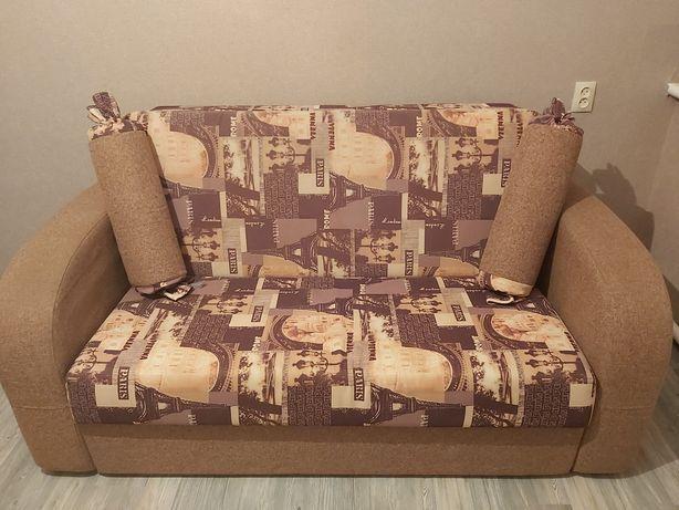 Продам не большой диван