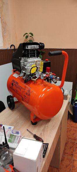 Компресор за въздух 50 литра 208 л в минута 1,5кВата мотор
