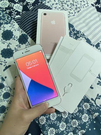 iPhone 7/32gb розовое золото