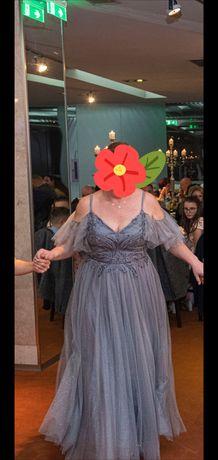 Vând rochie deosebita