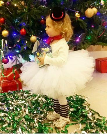 Продам новогодний  костюм снеговика на девочку 2-3 года