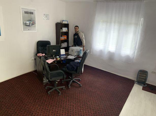 SPAȚIU DE ÎNCHIRIAT 3 camere, utilități pentru salon coafură/magazin