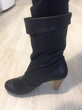 Vând cizme piele noi (Zara )