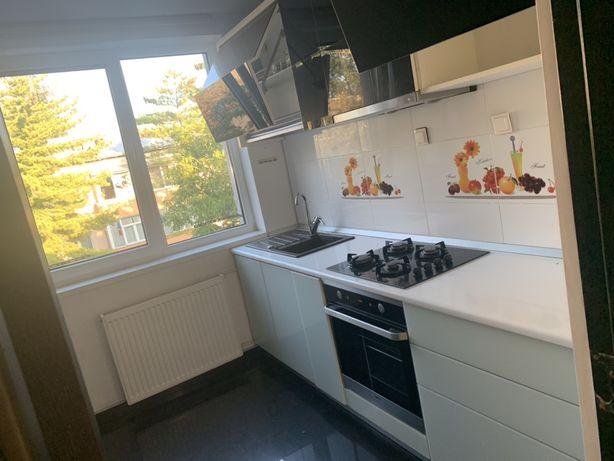 Apartament 4 camere decomandat 80 mp totali
