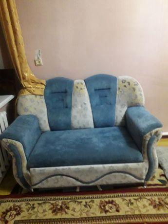 Полуторка диван и кресло
