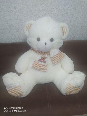 Продам мягкую игрушку Медведь