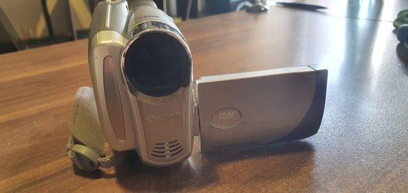 Цифрова видеокамера Canon DC201