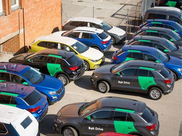 Rent a car / inchiriere auto, masina Bolt Uber