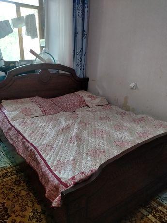 Продается кровать 2-х спальный сшифонером,состояние хорошее цена 20000