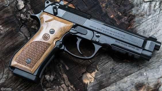 Pistol Airsoft Beretta M9/Fara Permis/Aer Comprimat/4,4J/Blow Back