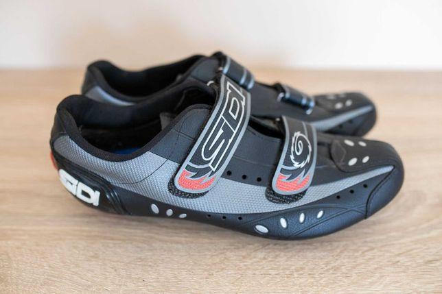 Pantofi ciclism de sosea SIDI (marime 45 dar sunt bune 42.5 si peste)