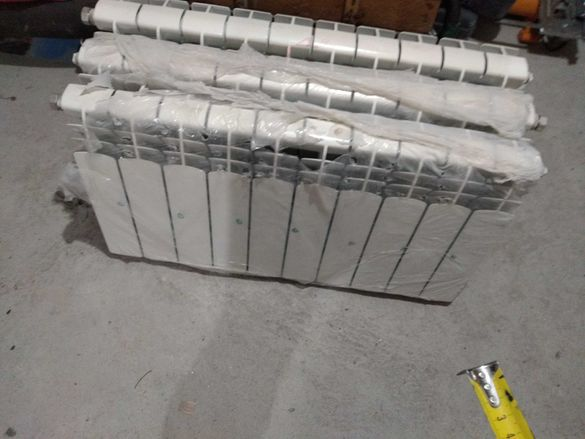 Нови алуминиеви радиатори , употребявани чугунени