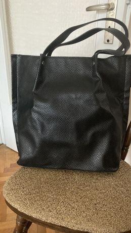 Дамска чанта Reserved