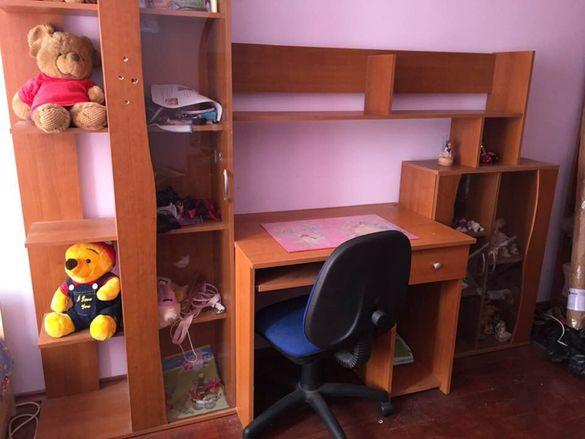 Секция + бюро-цвят череша
