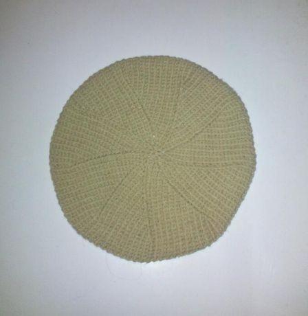 basca, tricotata manual, bereta, caciula