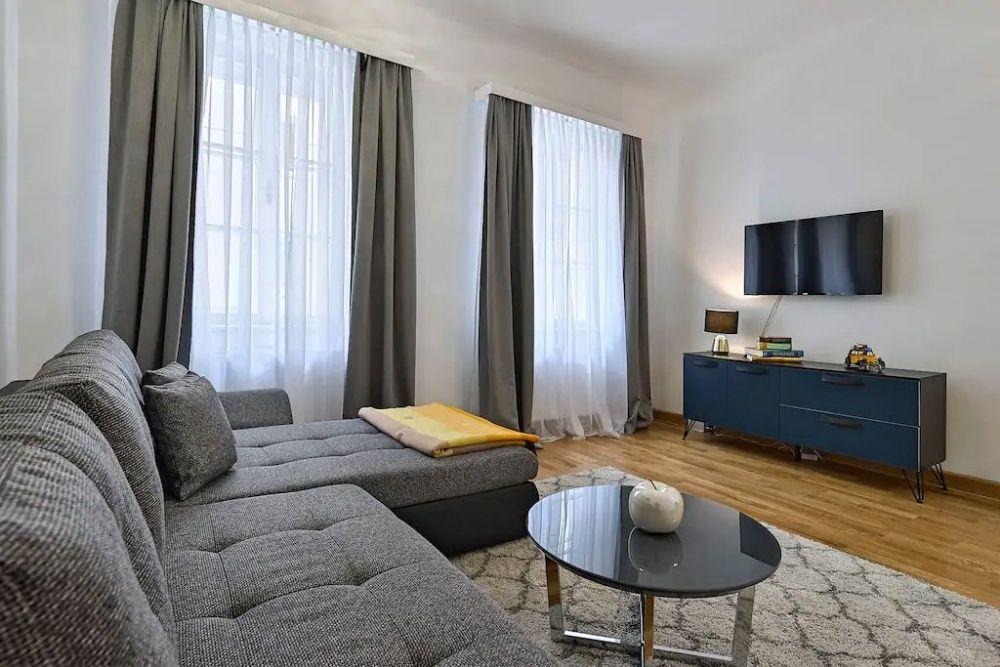 2-х комнатная квартира рядом с Мегой и Атакентом в Жилом Комплексе