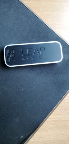 Leap motion отслеживание рук AR/VR