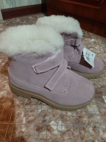 Детская девчачая зимняя замшевая обувь брали размер неподошел новая