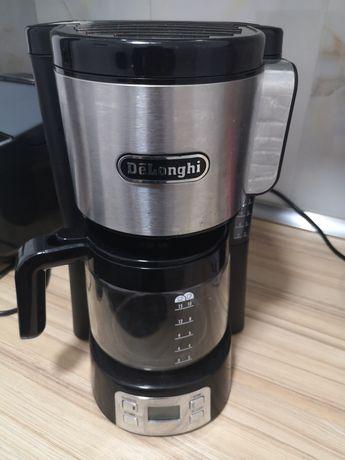 Продам кофеварку Delonghi