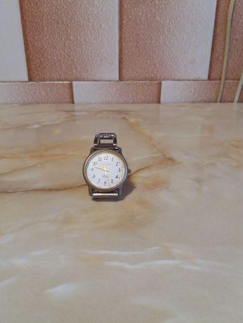 Ceas vechi Le Duc