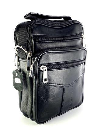 Функционална мъжка чанта от естествена кожа 010