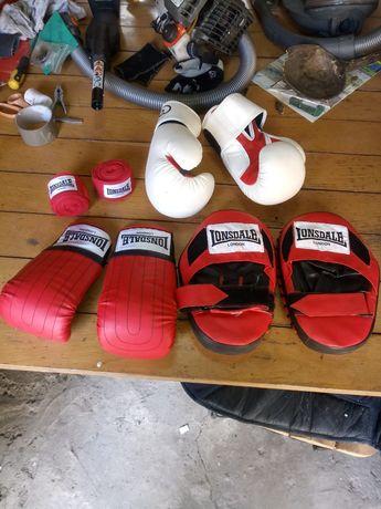 Боксови атрибути