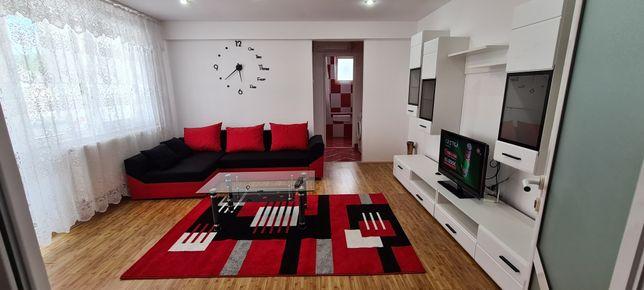 Inchiriez ap.2 camere in Regim Hotelier ultra central 47 mp Hunedoara.