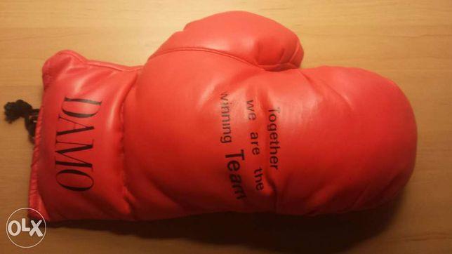 Mănușă box accesoriu decorativ