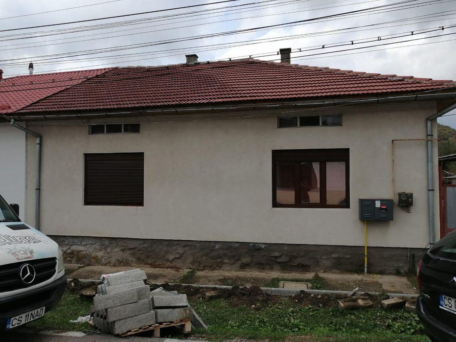 De vânzare casă locuibilă Otelu Rosu - imagine 1