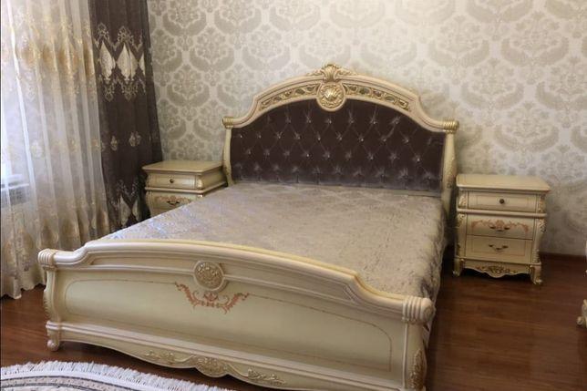 Продам спальный гарнитур БУ