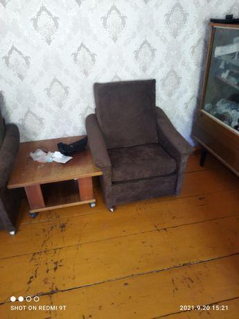 Реставрация мебели быстро качественно надёжно мы реставрируем диваны .