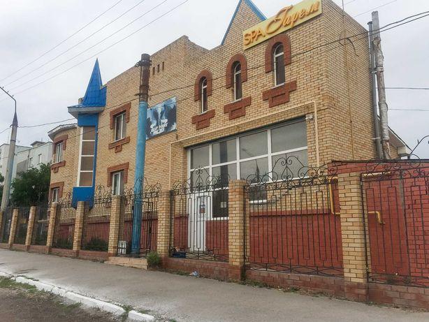 Продам коммерческое помещение в центре города 800 кв.м.