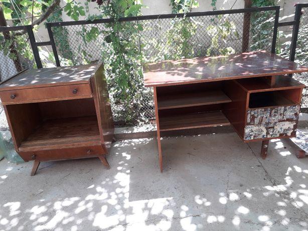 Мебель б/у . Шкафы, тумбы, столы, полки, кровать, коляска.