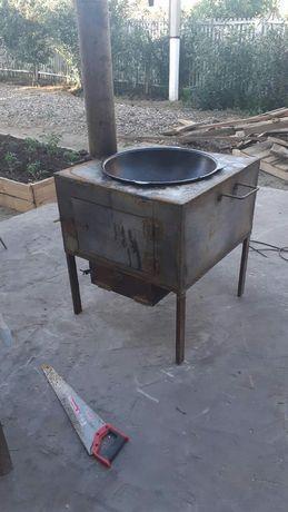 Железная печь с казаном, вместимостью 21 литр