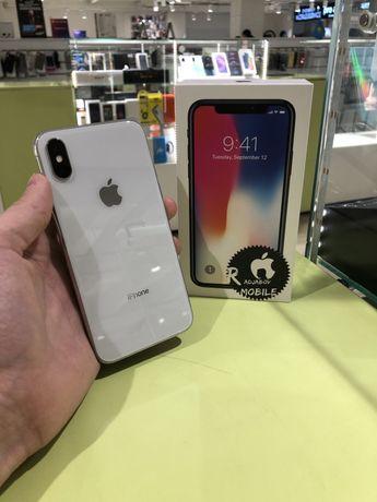 Телефон iPhone X 64 ГБ