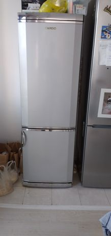 Холодильник  бу  Ардо