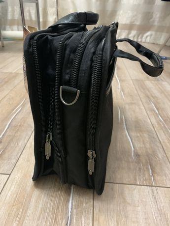 Продам НОВУЮ сумку для путешествий, которая одевается на чемодан