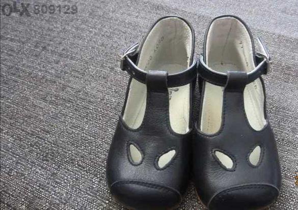 Нови детски обувки на Chicco