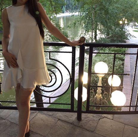 Продам белое платье
