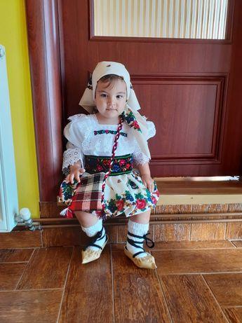 Costum tradițional de Maramureș pentru fete !cod:007