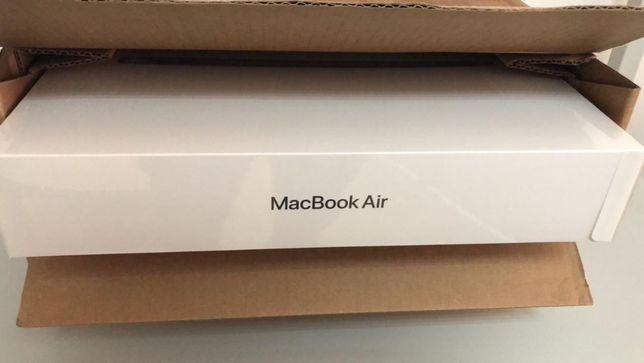 Ноутбук Apple Macbook Air M1/8Gb RAM/512Gb 2020 Space Gray MGN73