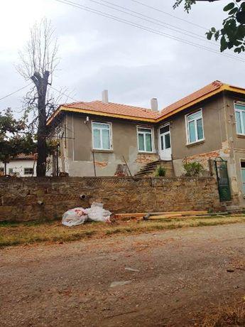 Две къщи в с. Илийно