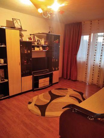Vand Apartament 3 Camere Decomandat B.dul Alex.Obregia complet mobilat