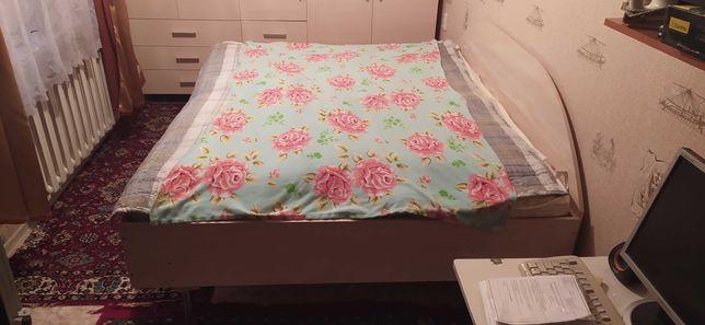Продам кровать двуспалка 200*160