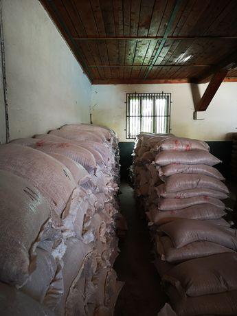 Tărâțe de grâu 25kg/1,05 lei TVA inclus și mălai furajer  40 kg