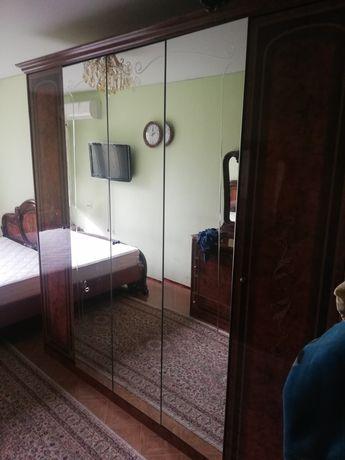 Спальный гарнитур итальянская мебель