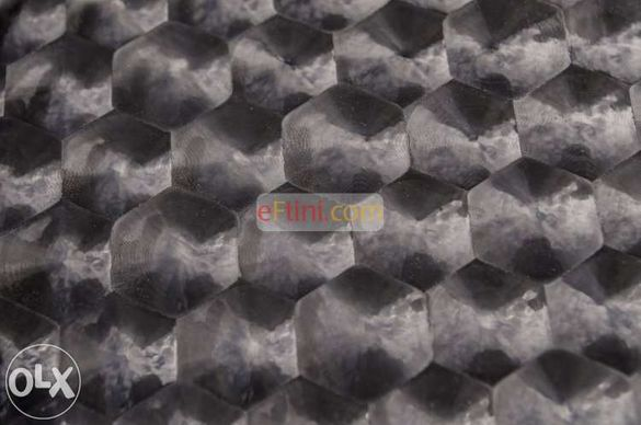 4D черно фолио пчелна пита 100x152