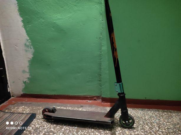 Трюковой самокат и пениборд